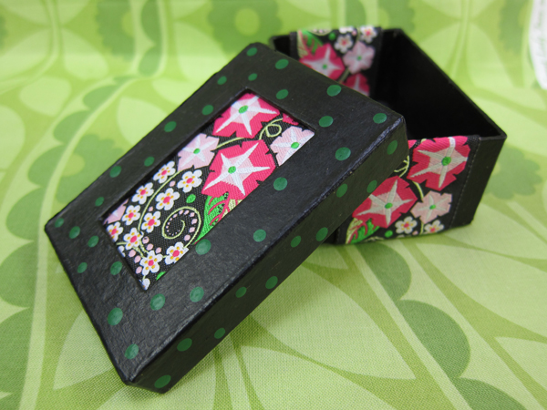 Sassaman Ribbon Box 1